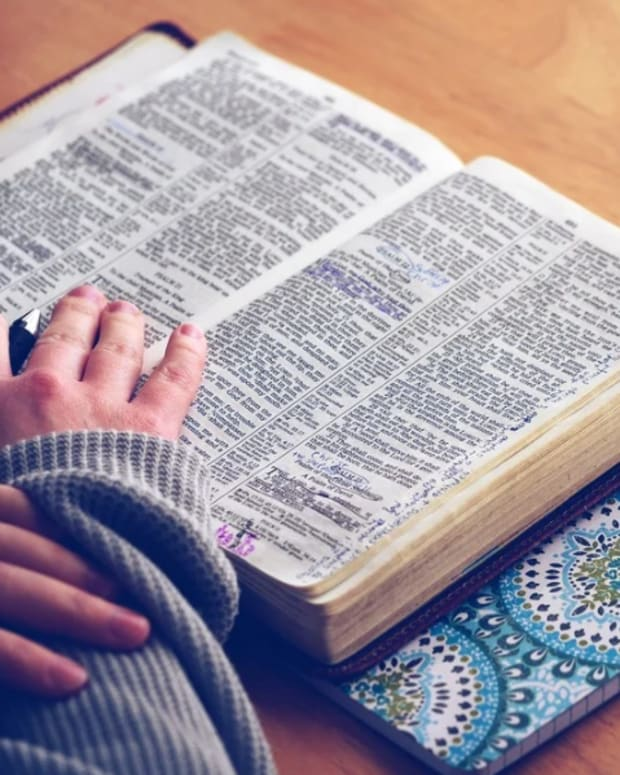 12-greatest-reasons-to-read-the-bible