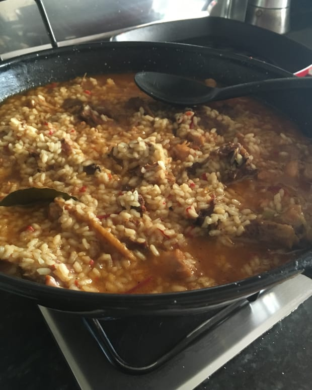 authentic-extremaduran-arroz-con-pollo