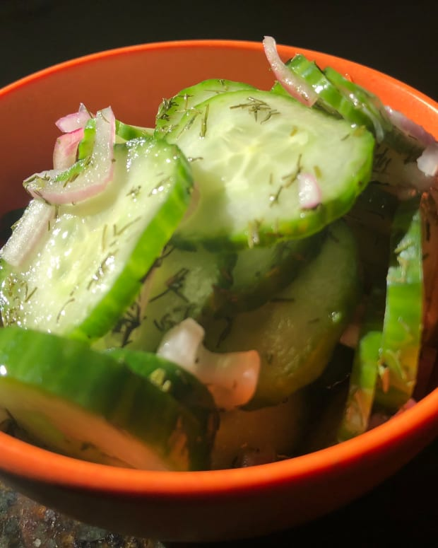 fresh-tasty-cucumber-salad