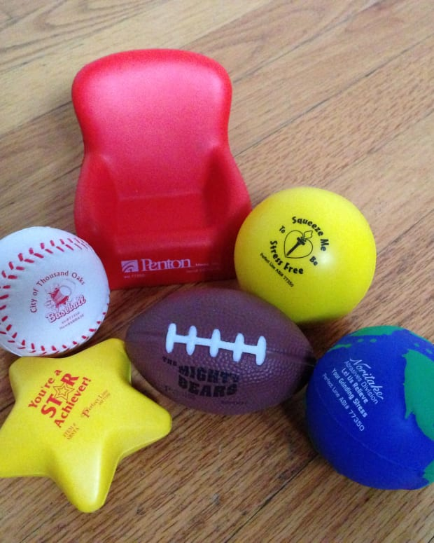 how-to-choose-promotional-stress-balls
