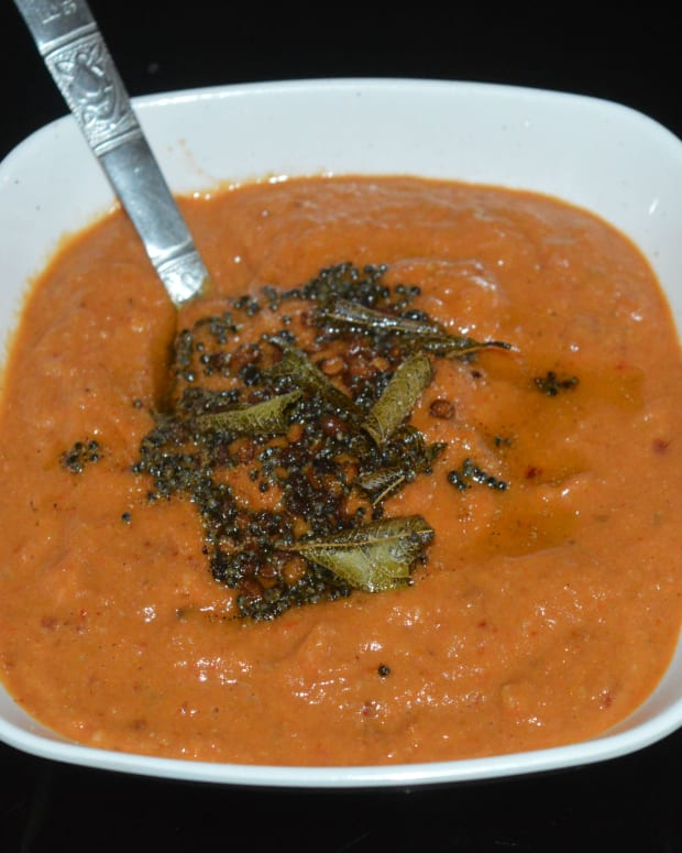 quick-and-easy-onion-and-tomato-chutney-for-dosa-and-idli