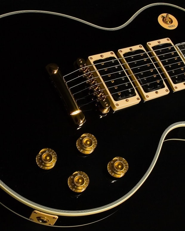 extraordinary-gibson-les-paul-guitars