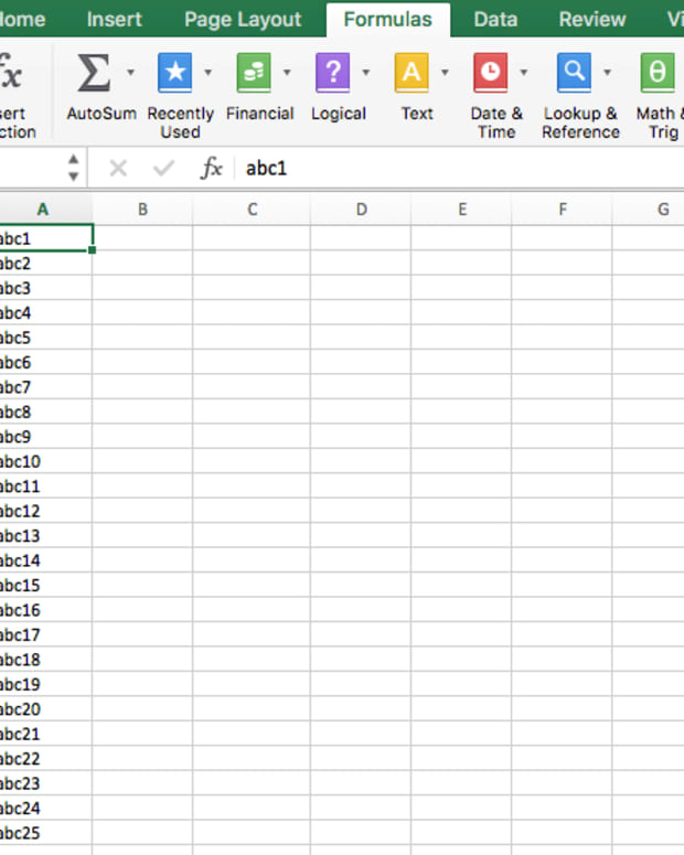 tutorial-ms-excel-how-to-convert-text-to-columns-in-a-microsoft-excelsheet