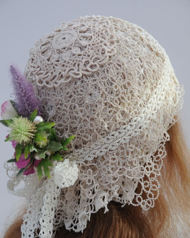 recyclerepurposinglace-crochet-doilieshow-to-make-a-flapper-wedding-capa-free-tutorial