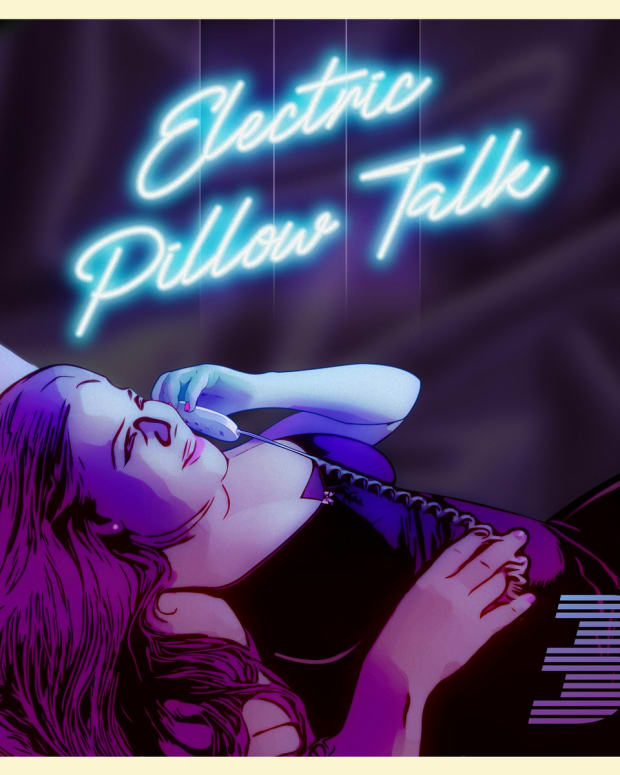 synth-album-review-electric-pillow-talk-by-beckett