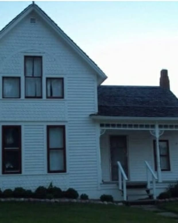a-paranormal-investigation-inside-the-villisca-ax-murder-house