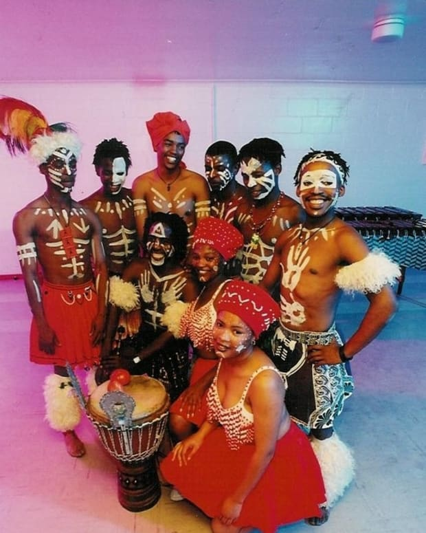 Jika - drum and marimba/traditional Troupe of the Pondo People