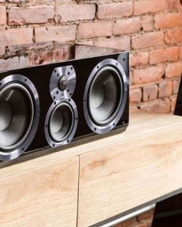 how-to-choose-the-best-center-channel-speakers-different-center-channel-designs