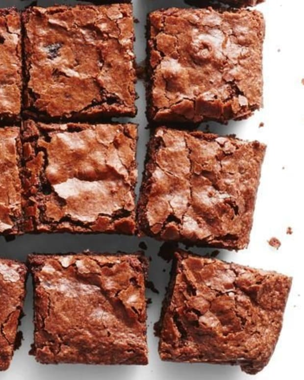 chewy-and-chocolaty-brownies