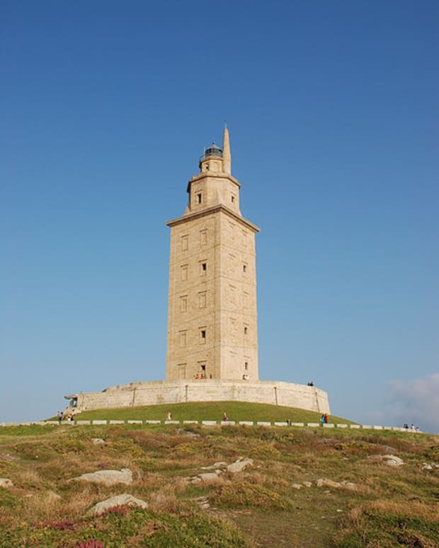 5-ancient-roman-lighthouses-you-can-still-visit