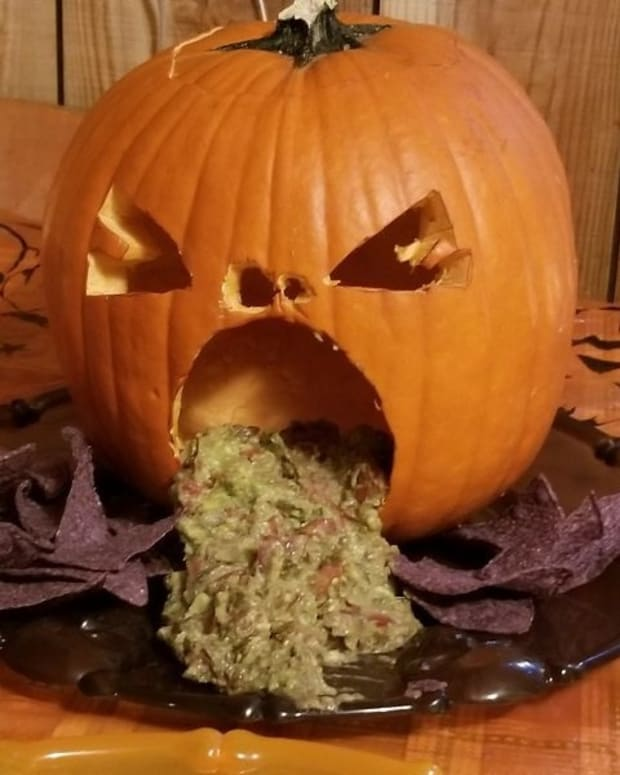make-a-puking-pumpkin-for-halloween