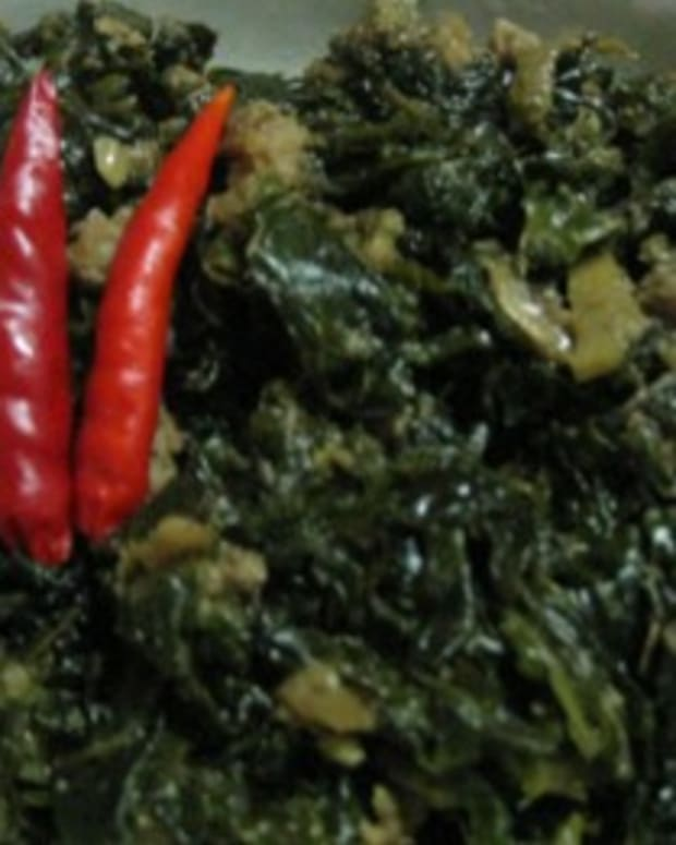 vegetarian-laing-filipino-style-creamed-taro-leaves