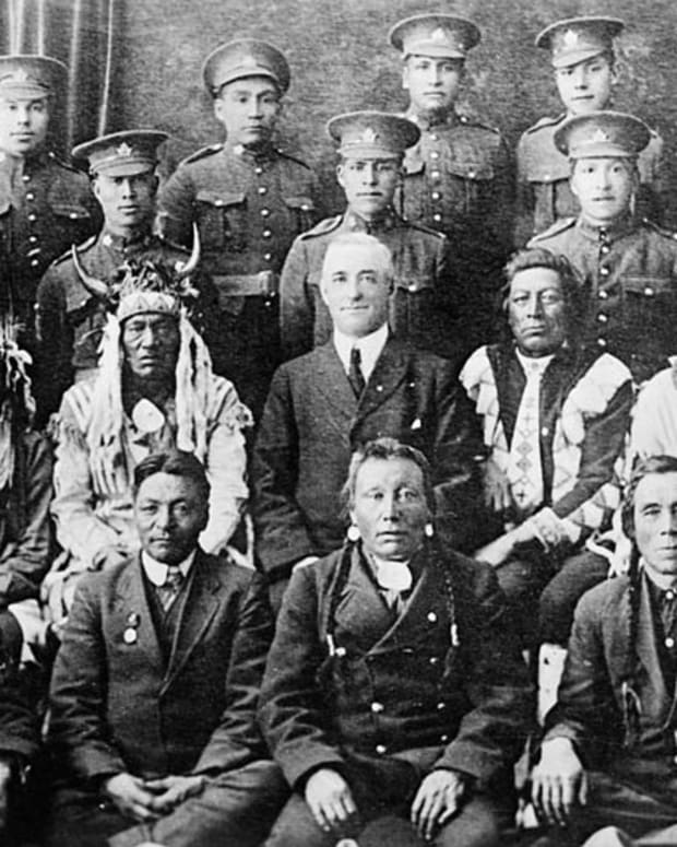 Canadian Expeditionary Force: First Nations Elders & Soldiers (public domain).