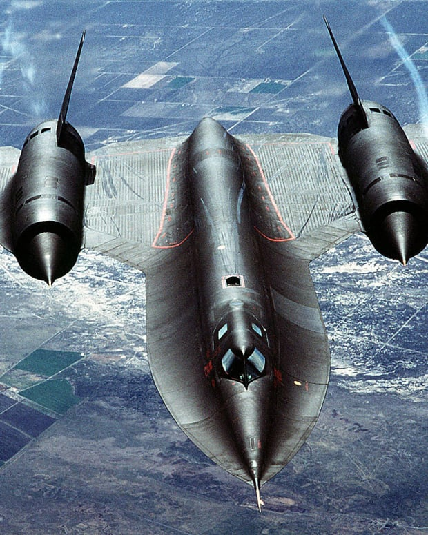 the-fastest-spy-plane-ever-built-the-blackbird