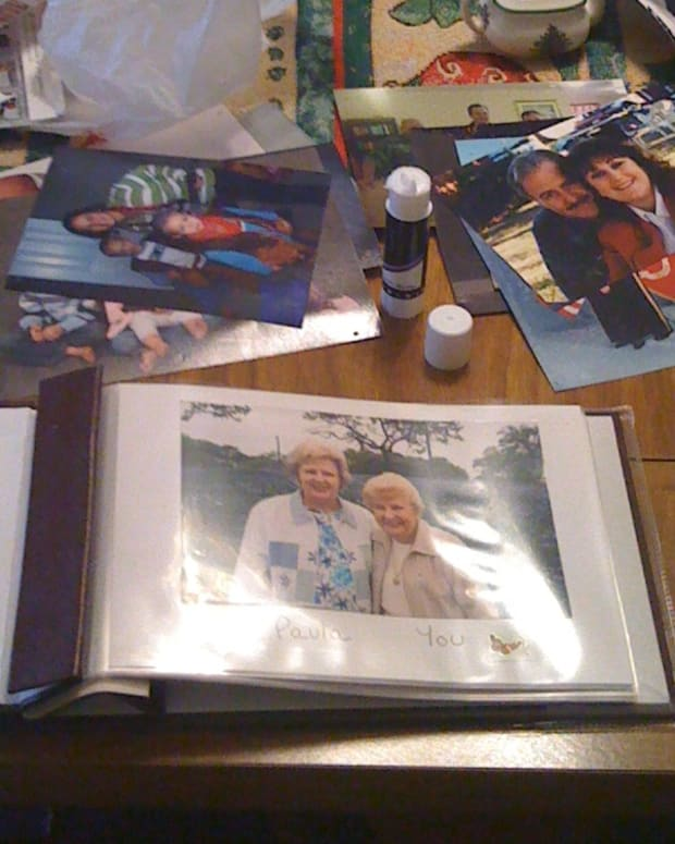 photo-albums-for-dementia-patients