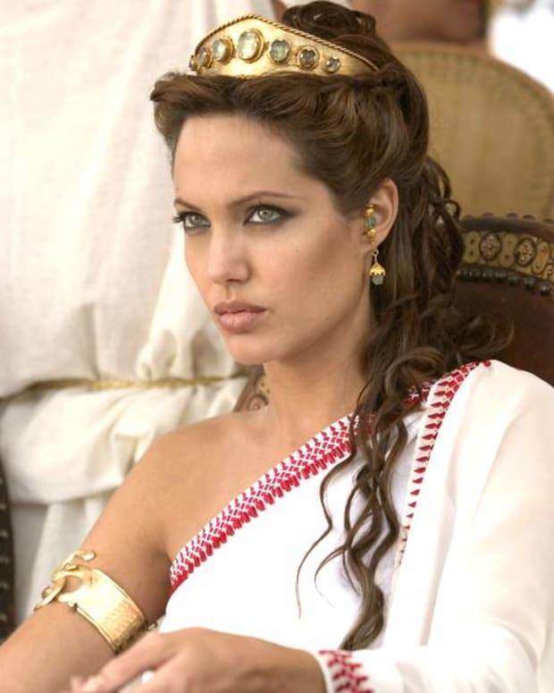 angelina-jolie-as-cleopatra