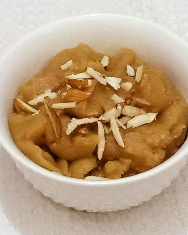 singhare-ke-atte-ka-halwa-navratri-festival-recipe