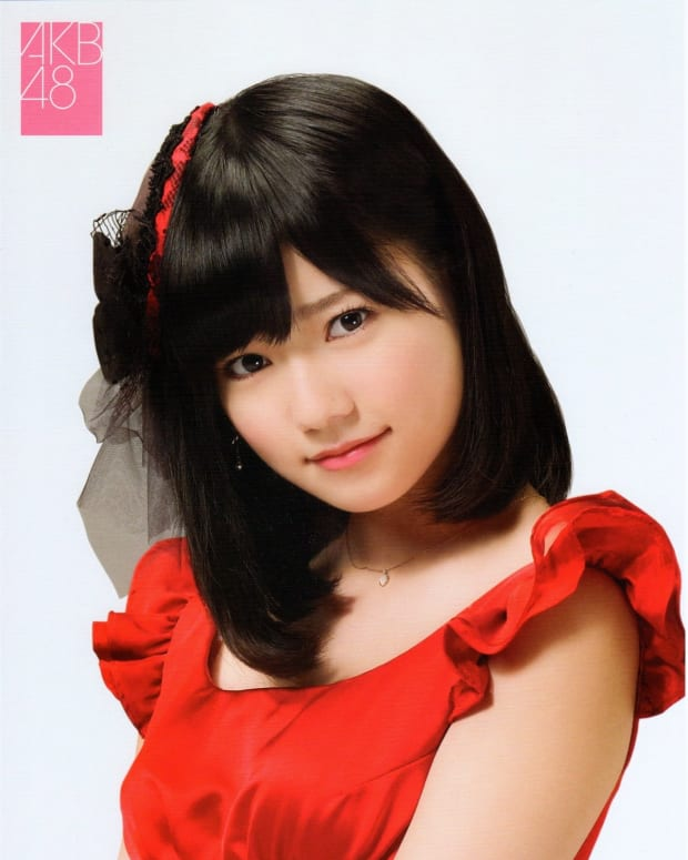 haruka-shimazaki-the-cute-idol-singer-bikini-model-and-member-of-akb48