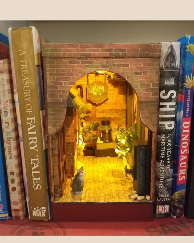 how-to-make-a-book-nook-bookshelf-insert