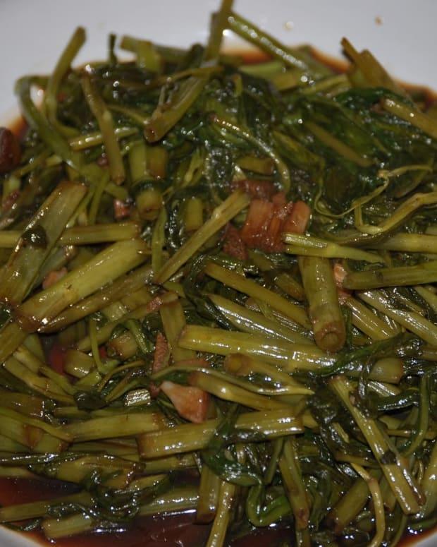 filipino-adobong-kangkong-asian-water-spinach-adobo