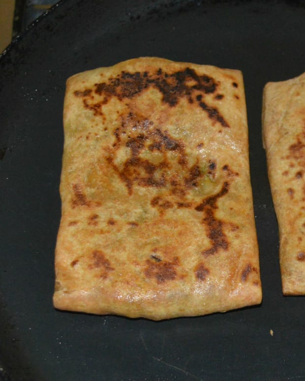 how-to-make-mughlai-paratha