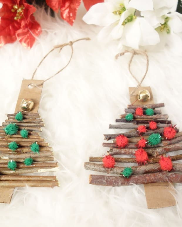 diy-natural-twig-christmas-tree-ornaments-a-great-recycle-and-play-activity-for-kids