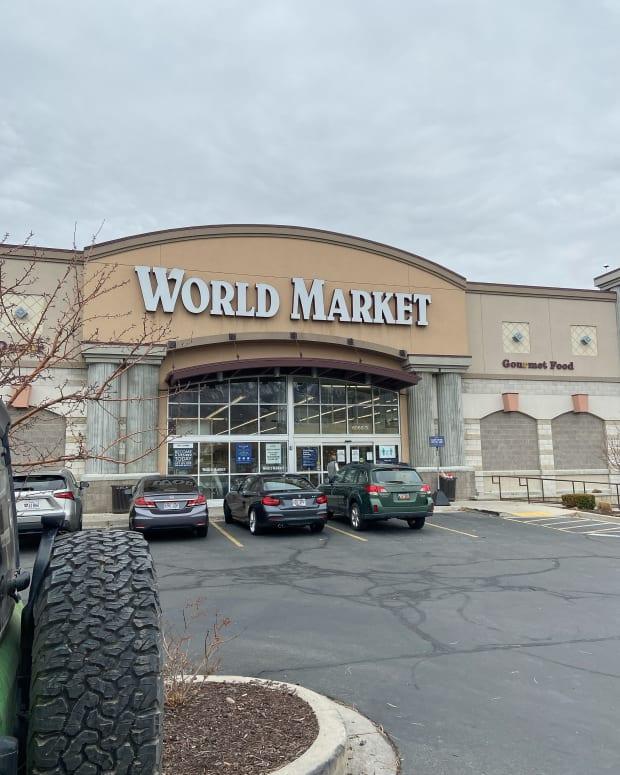 world-market-perfect-chain-to-travel-around-the-world