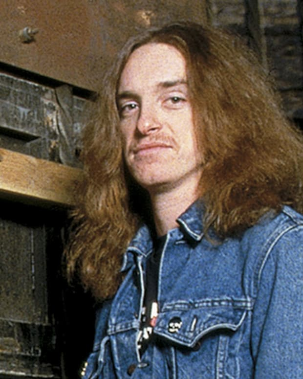 why-the-death-of-cliff-burton-is-one-of-the-biggest-losses-for-the-genre-of-heavy-metal
