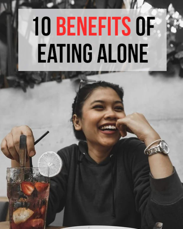 advantages-of-eating-alone