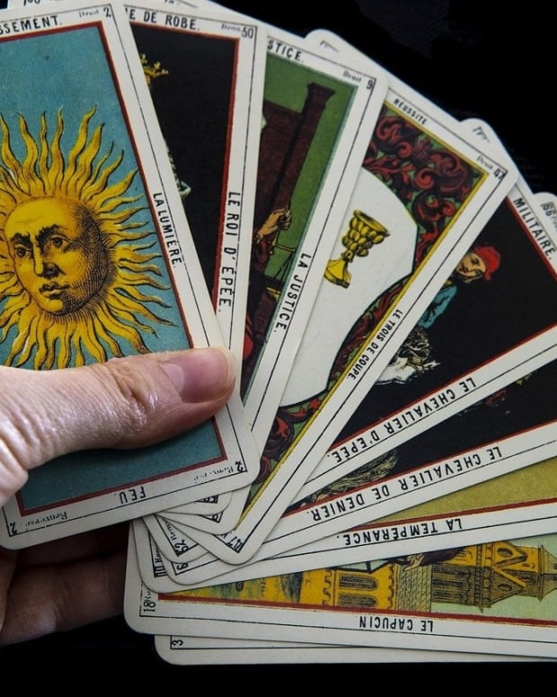 tarot-card-reading-for-the-year