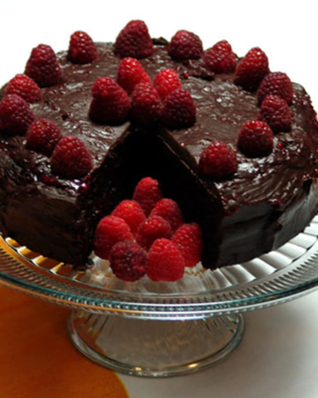 raspberry-chocolate-cake