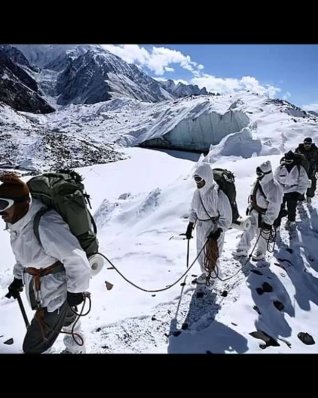 siachen-glacier-where-india-and-pakistan-lose-troops-without-a-war