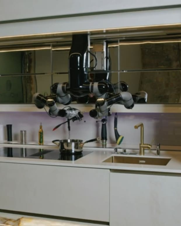 amazing-moley-robotic-kitchen-will-change-your-life