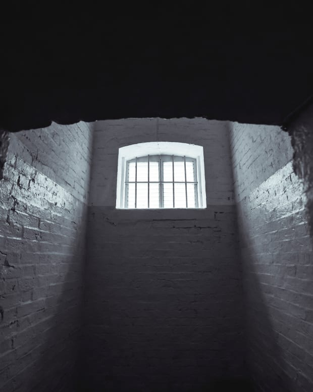 a-poem-about-self-doubt-prison-cell