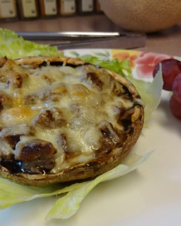 sausage-stuffed-portobello-mushroom-bake