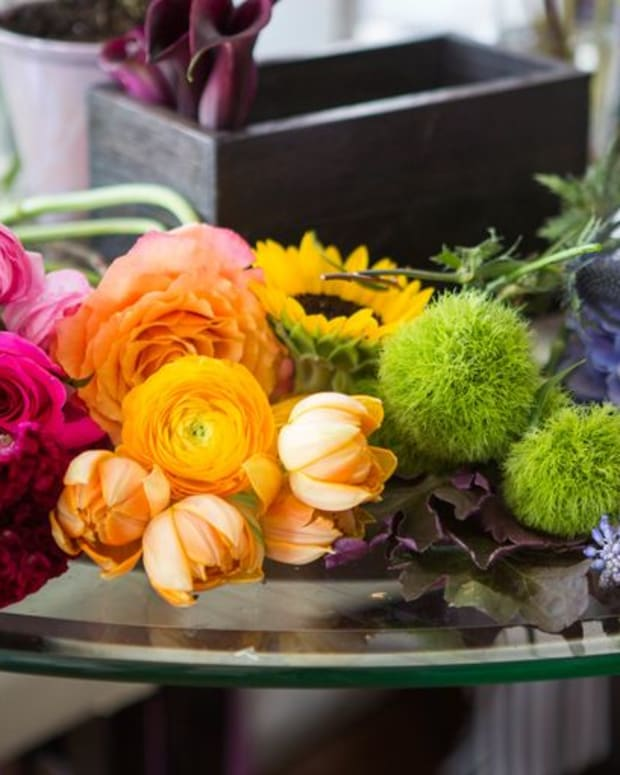 how-to-arrange-flowers-5-florals-with-bouquets