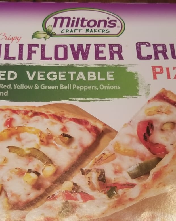 review-of-miltons-bakers-cauliflower-pizza