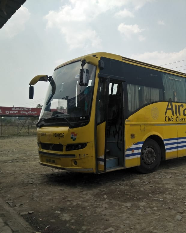 journey-on-board-air-conditioned-multi-axle-bus