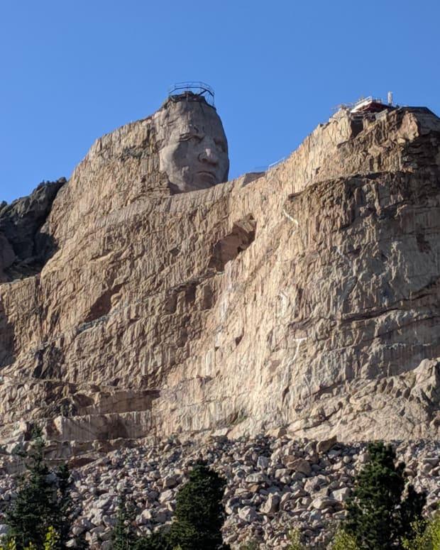 a-visit-south-dakotas-crazy-horse-memorial-park