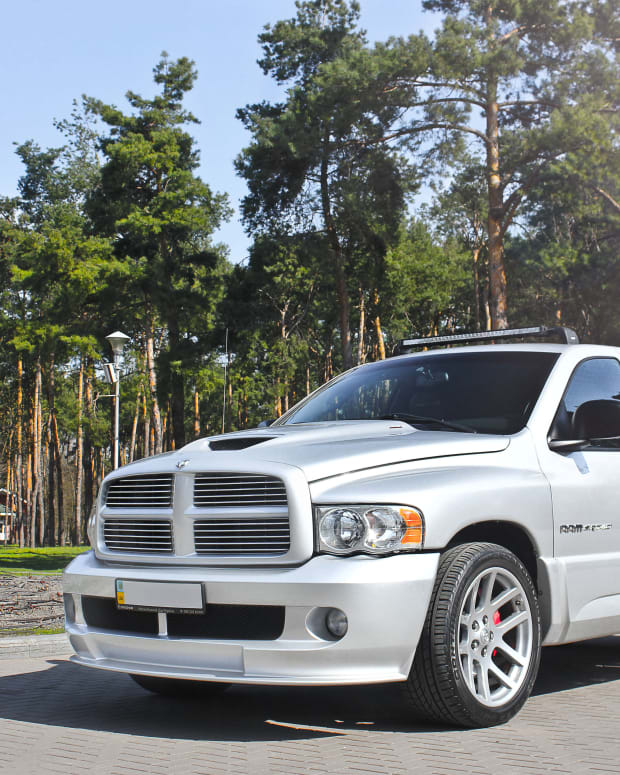best-mods-for-your-dodge-ram-srt-10-viper-truck