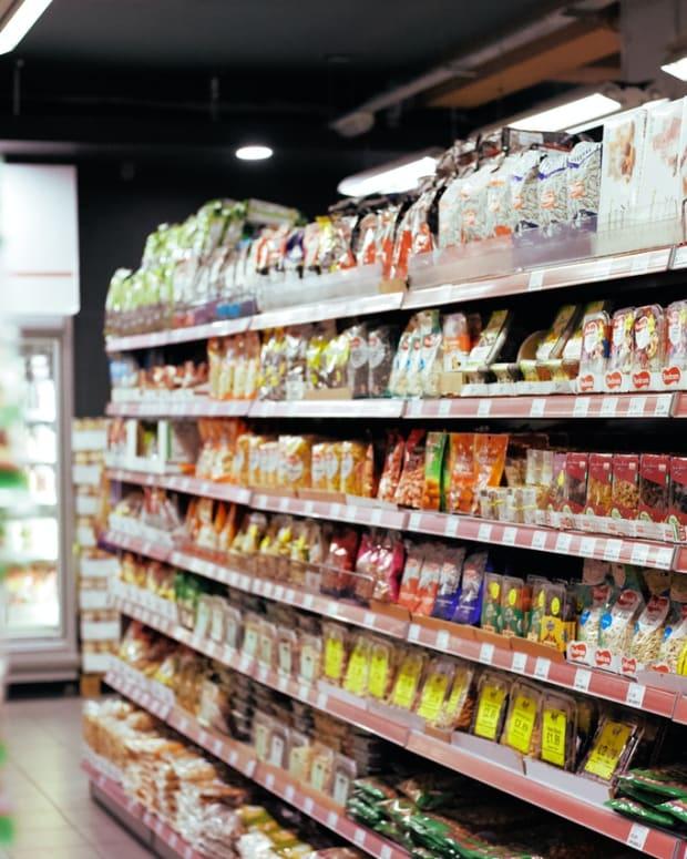 一个与a-a-supermarket-worker