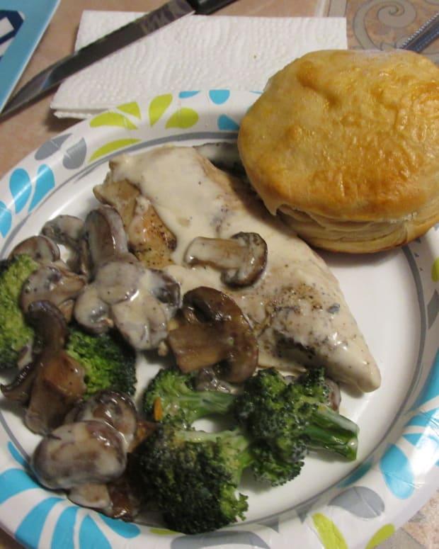 chicken-with-broccoli-and-mushrooms-alfredo