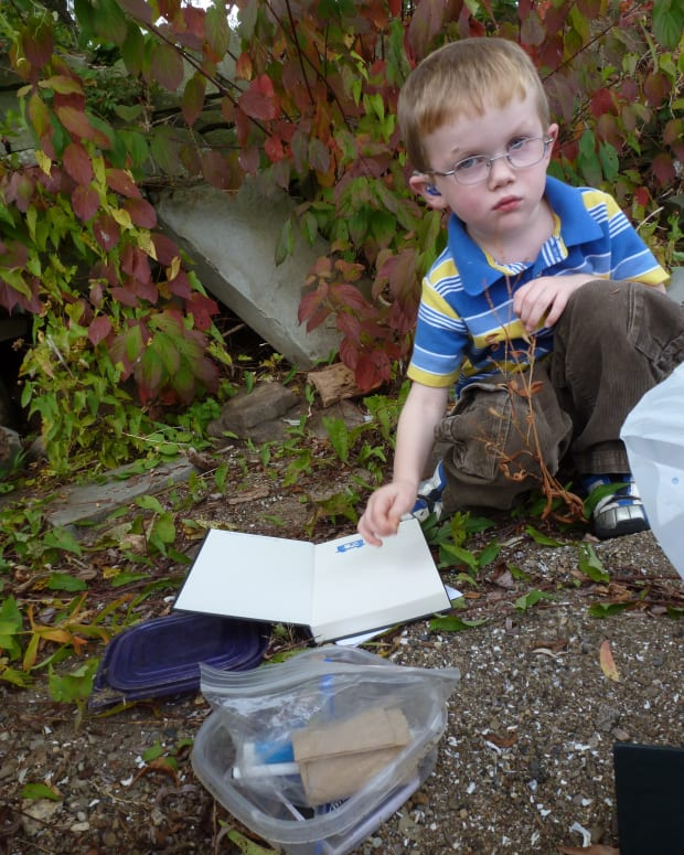 letterboxing-hand-carved-stamps-hikes-and-finding-hidden-treasure