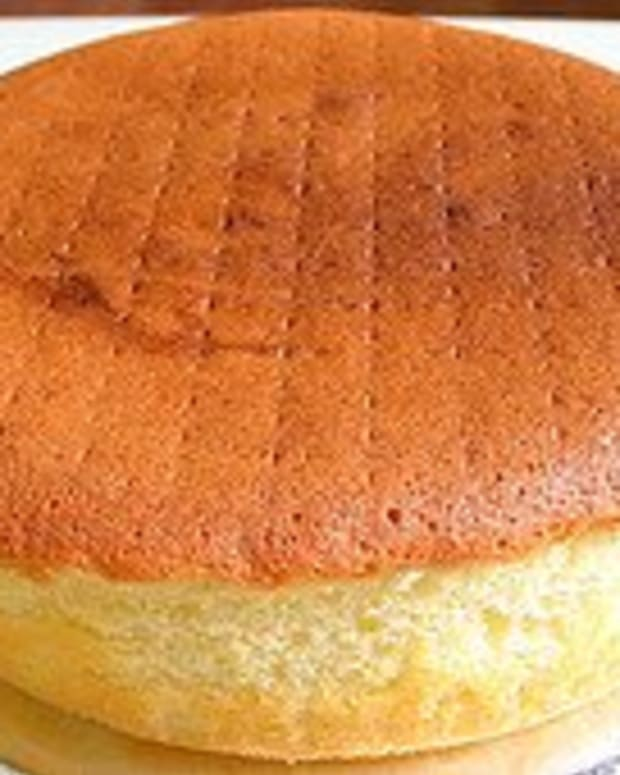 Baking sponge cakes isn't difficult