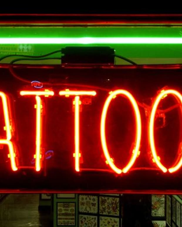 5-safety-questions-to-ask-your-artist-before-getting-a-tattoo