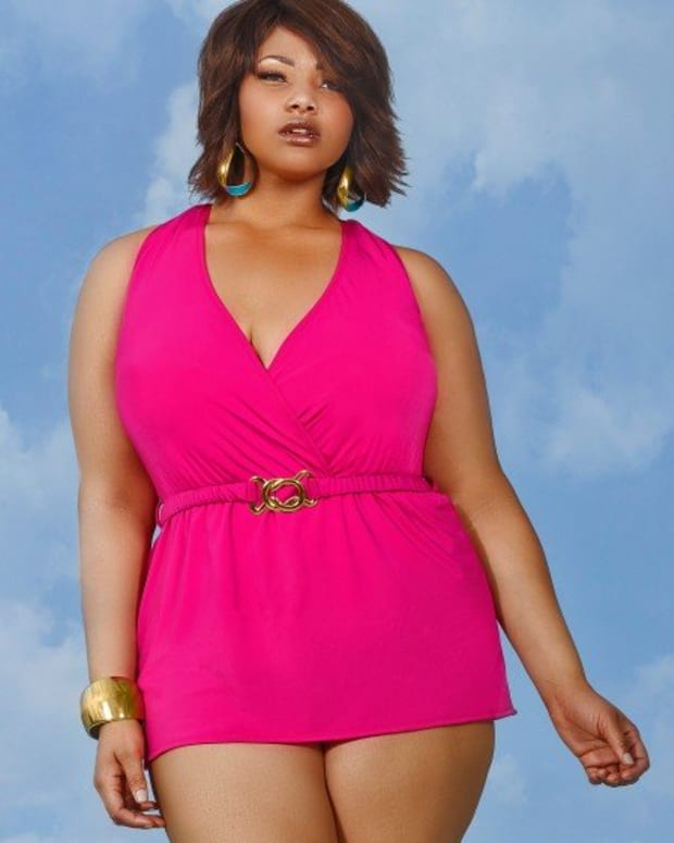 swimwear-for-curvy-girls
