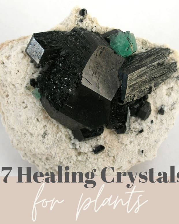 seven-healing-crystals-for-plants-and-gardens