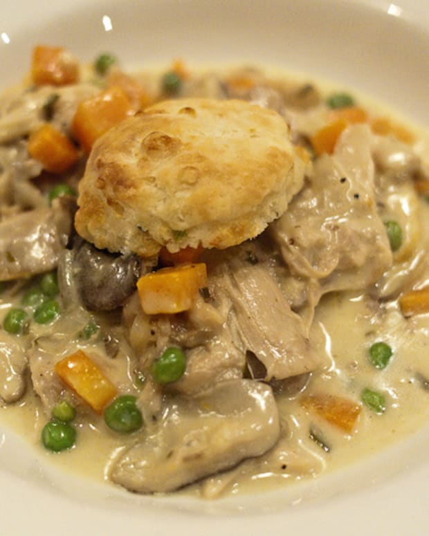 biscuit-chicken-pot-pie