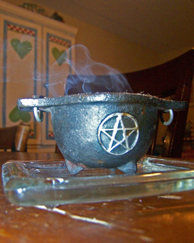 wicca-for-beginners-how-to-make-incense