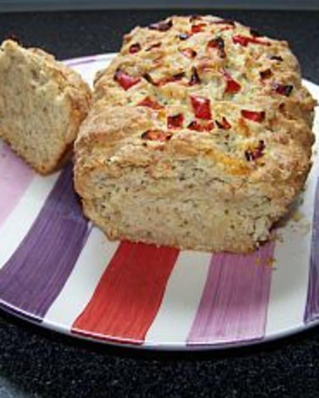 Easy Cheese & Chilli Bread